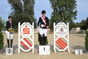 DSC 0599 300x200 - Gelungene Kreismeisterschaften auf dem Burghof